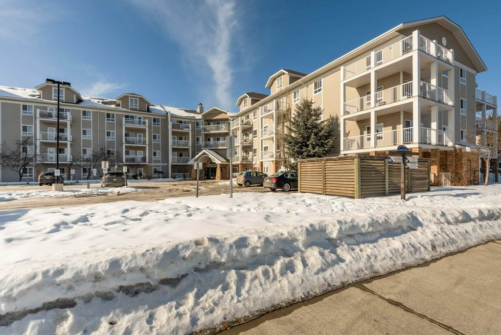 Great opportunity!!! Condo located on the  second floor. Bright open concept ,one bedroom one bathroom, and laundry In-suit. Beautiful balcony facing south. Close to schools, day cares,churches. Hampton Plaza- grocery stores, banks close to Costco. Bus transportation across the street and school buses . Access to Whitemud drive and Anthony Handy.