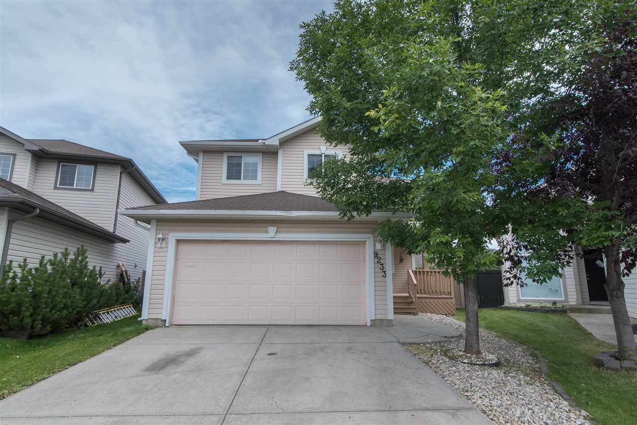 GORGEOUS 2 STOREY!...QUIET CUL DEC SAC LOCATION....OPEN FLOOR PLAN... Located in a great community! Laminate floors with warm neutral tones throughout, this home is perfect for the growing family. You are greeted with a large entry way with spectacular high vaulted ceilings. Large gourmet kitchen with modern white European cabinets, loads of counter space, huge island & custom tiled backsplash. The great room is large & bright with huge windows providing the home with sunlight, a modern gas fireplace with stylish mantle & elegant dining area - perfect for entertaining. The main level is completed with a 2-pce bathroom. The upper level has a big master bedroom, luxury 4-pce ensuite & large walk in closet. There are also 2 other generous bedrooms. A fully finished basement has a family room, 2-pce bath, bedroom & plenty of storage. Welcome home!