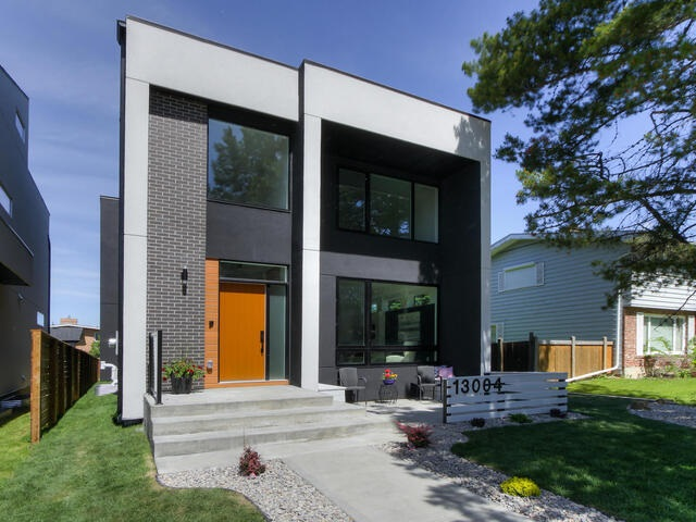 GORGEOUS/CUSTOM built 2.5 storey new infill located in the sought after community of Grandview Heights! Designed by award wining Design Two Group Inc. This well built home features an open concept floor plan, main floor w/ 9? ceiling's, floor to ceiling windows, HUGE chef inspired Kitchen w/ custom soft close cabinetry & deep pot drawers, 2 layer artistic central island, built in oven, microwave & counter depth Refrigerator. Large living room w/ beautiful fire place & TV wall. The 2nd floor includes a MASSIVE five star master bedroom featuring a spa like ensuite & a huge WIC, 2 additional bedrooms, 4 pc full bath & a separate laundry room. The big BOUNUS 3rd floor Loft boasts a full bath & a large open roof-top patio, with gas line connection, which overlooks trees w/ views of the downtown cityscape. Fully finished basement w/ aMagic HD Projection theatre system on the 88? glass window, watchable from both family & Rec rms. Professionally landscaped, large backyard, extra 15 FOOT side yard w/ R.V Parking!