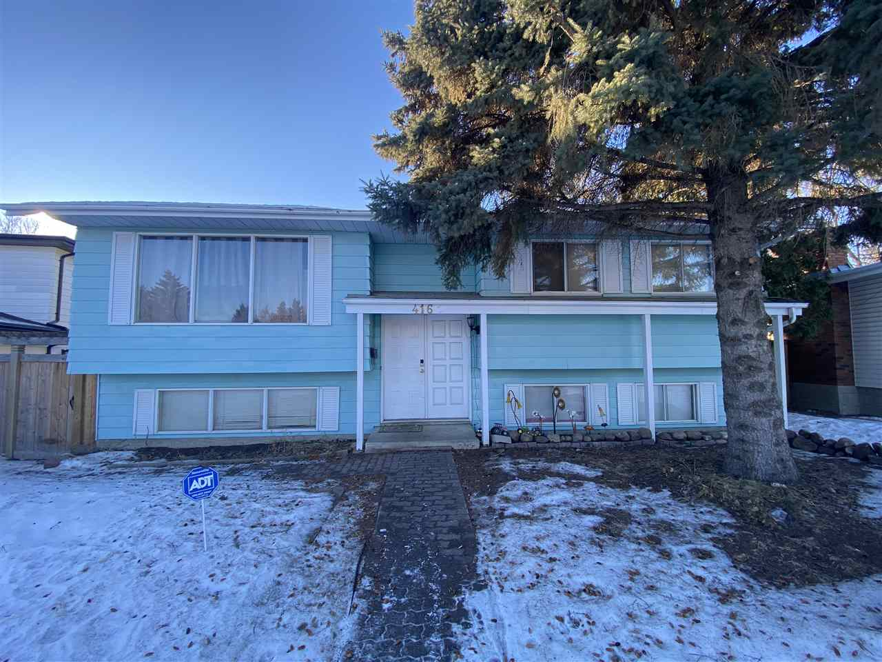 Wow great value in Lee Ridge on Lee Ridge Road this 2+1 bedroom bilevel features a pie lot that is over 9500 sq ft.