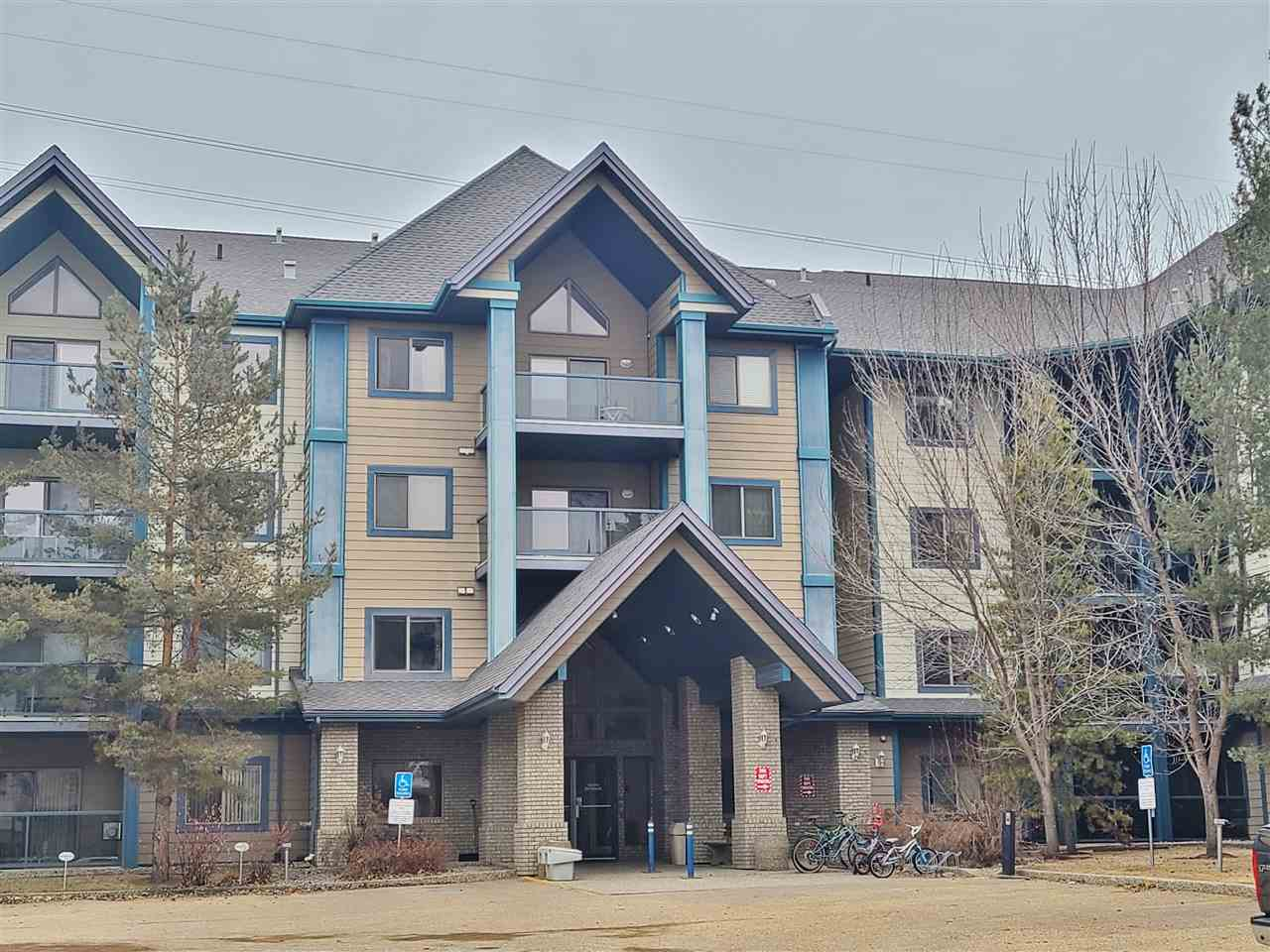 Rare 3 bedroom condo! Located close to everything ? shopping, transportation, walking trails, schools, the Terwillegar Recreation Centre and also with easy access to the Henday plus Whitemud.  The unit is move in ready. With hardwood flooring and tile throughout the bright open space, plus a gas fireplace, two bathrooms, soft corners, underground parking and a patio overlooking the running trails and green space. The building also offers an exercise room, a social room and a guest suite. Take advantage of a condo with three bedrooms whether office space is needed or kids need space.