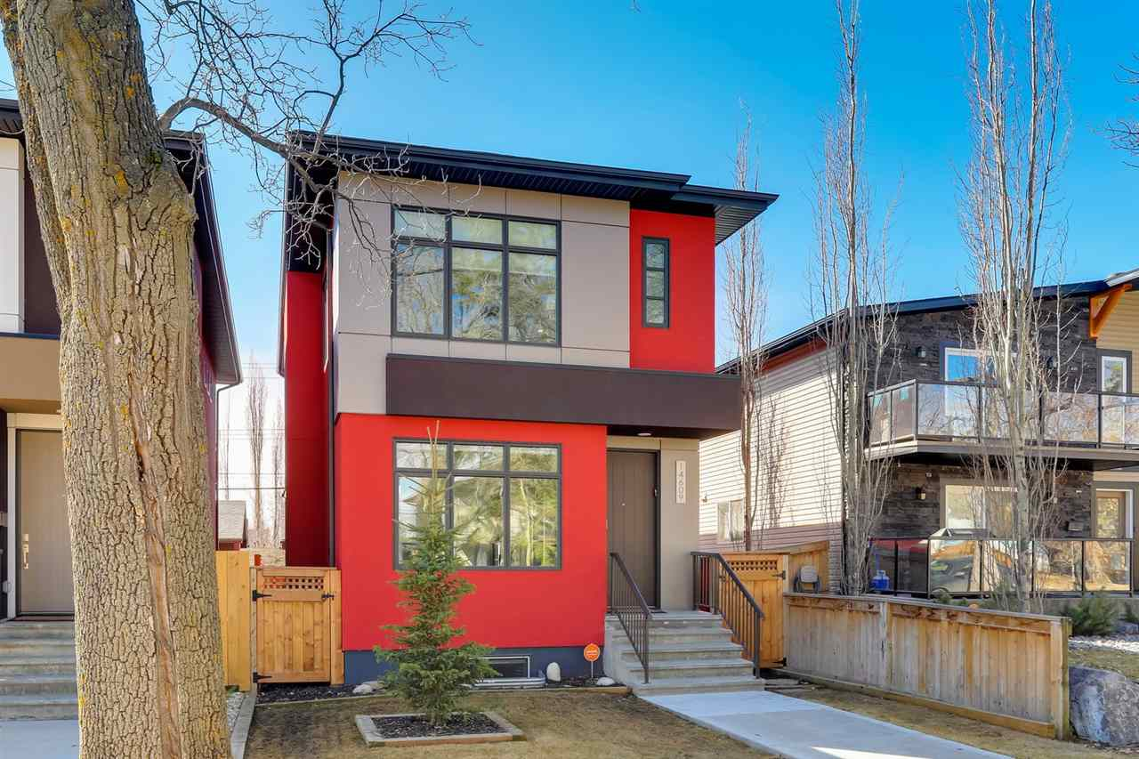 Welcome to the community of Grovenor with tree lined boulevards, parks & cafes ? a family community located in the center of it all! Enjoy easy access to the River Valley, downtown & 124th Street shopping area. Built in 2016, this 2 story home is located on a quiet street WITH STUNNING HIGH END FINISHINGS THROUGHOUT ? 2529sqft total living space ?3 beds up plus 1 DOWN, main floor den/office, 3.5 baths ? fully landscaped, 26.5x120 ft lot with SOUTH facing backyard & double detached garage?the fit, finish & style throughout is fabulous! Entering the home the foyer leads to the office on one side & the living room, dining room & kitchen on the other. The kitchen is spectacular with a dream island, custom cabinetry & natural light flowing throughout. Upstairs the natural feel continues with the 3 bedrooms & a master suite like no other - luxury ensuite & walk-in closet. Downstairs ? a bright & open family room with wet bar, bedroom & bathroom. Extras include: AC & DURADECK