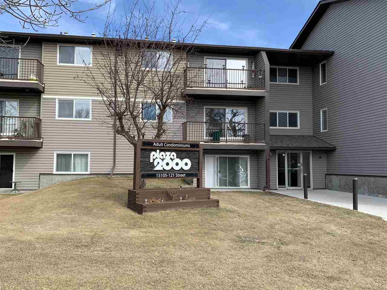 Attention first time home buyers and investors. Welcome to this updated 1 bedroom, 1 bathroom, 18+ condo located next to Caernarvan Park. This top floor, West facing suite is very bright and offers a large balcony right off the living room that overlooks the park. This building is very well maintained and has recently had the shingles, windows, siding, patio doors and the roof re-done. This unit is conveniently located close to schools, shopping, bus routes and many more amenities.