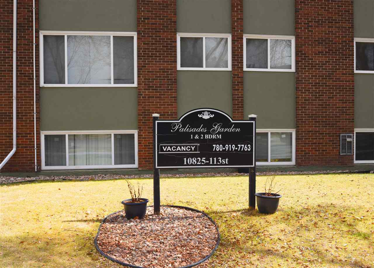 Lovely  two bedroom condo with one fill bathroom for the fist time buyer, downsizing senior, investor or student wanting to be close to Grant McEwan University or Nait, good access to transportation to the University of Alberta as well!