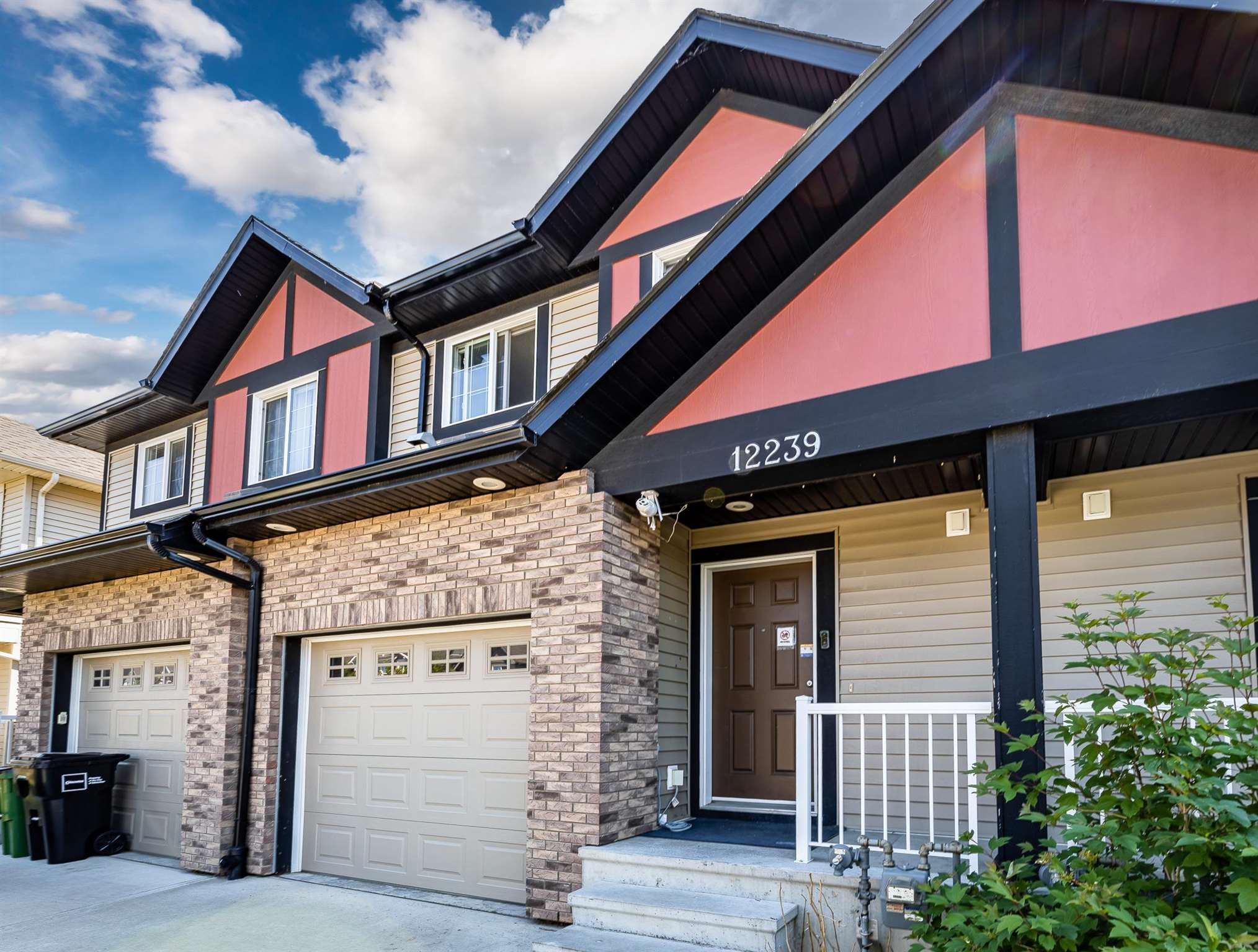 Stunning 1200+ sq ft townhome in the coveted community of Rapperswill with NO CONDO FEES - a perfect starter home for families! This is a Landmark Homes build and it shows with it's modern styling and open-concept main floor. Upon entry you'll be greeted by gleaming hardwood floors with a half-bath and staircase to the right. The main floor's spacious kitchen, living, and dining areas are connected and open up to a beautiful wooden deck and landscaped backyard. The kitchen also comes with granite countertops and stainless steel appliances. Upstairs you'll find a separate laundry room, 3 bedrooms, and 2 bathrooms. The primary bedroom comes with a walk-in closet and its own private ensuite. The sunny south-facing backyard is fully fenced and features a deck for those Summer nights. Fantastic location close to shopping and amenities along 127th, with easy access to the Henday.