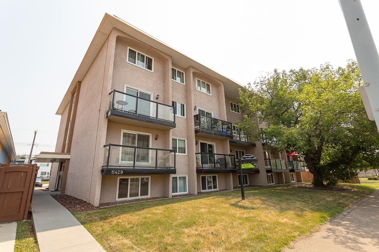 GREAT PRICE, LOCATION AND LAYOUT!  This Renovated TOP FLOOR, two level 1 bedroom condo is located on trendy 124St just minutes from Downtown, University, Grant McEwan and NAIT. Main floor is open-concept with breakfast bar overlooking a bright living room with west facing sliding doors leading to balcony. Stairway on main leads up to a generous and private bedroom, 4pc bathroom and large storage room. Upgrades include newer kitchen with brand new fridge/stove, modern bath, flooring, light fixtures, new paint throughout. One energized parking stall included. Schools and amenities close by.  Don't miss out!