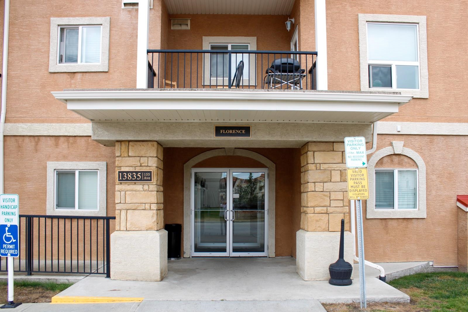 Meticulously kept 1 bedroom condo in Tuscan Village with view of green space.  This unit has all you require to enter the market, underground parking, in suite laundry and a view.  Well situated unit of 641 square feet, 1 bedroom & full bathroom, all appliances, and plenty of visitor parking.  Priced to sell!