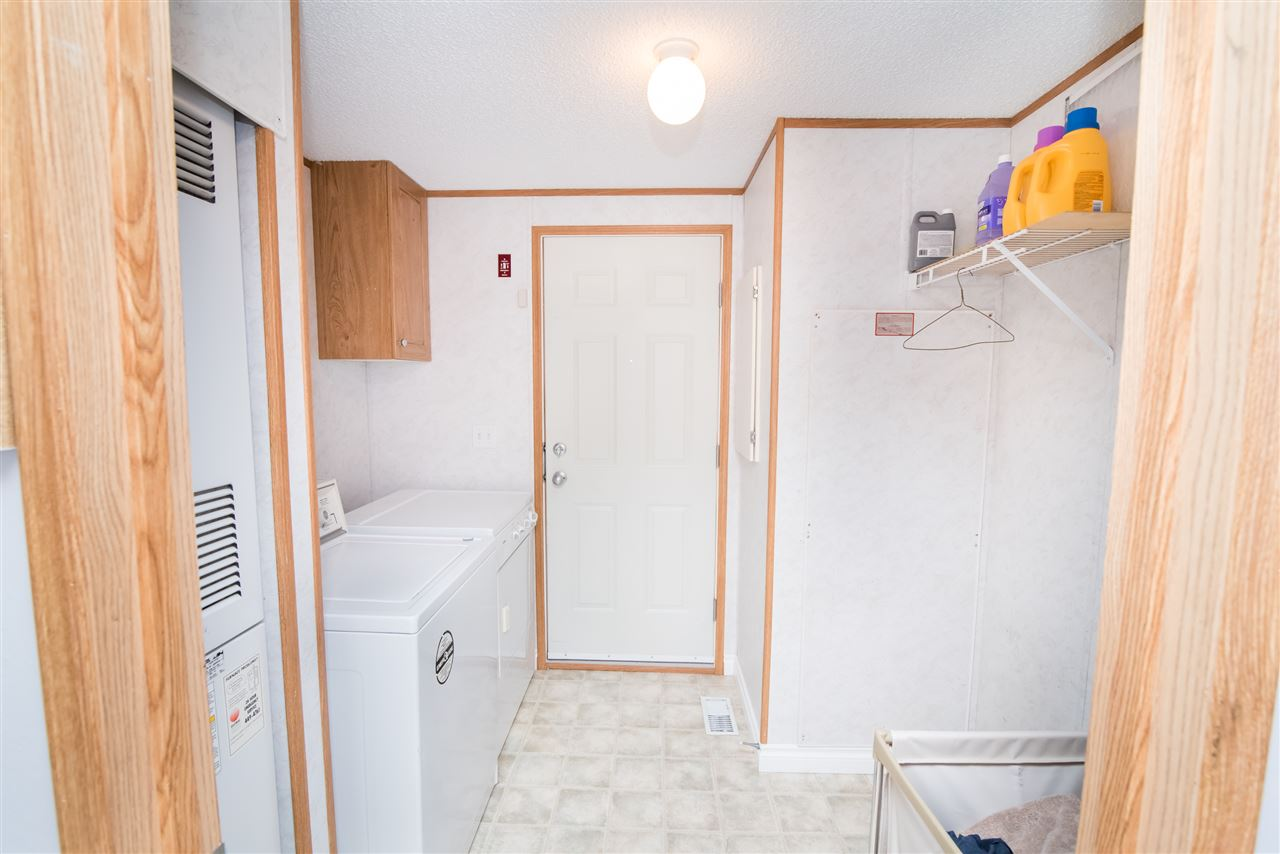 Belgravia this 1208sqft mobile home is ideally located minutes from the emerald hills shopping centre strathcona comm hospital summerwood trailpond system dailygadgetfo Choice Image