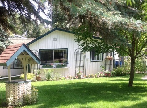 Awesome lot with mature trees, close to large family park and beach area in Val Quentin.  Has a cottage on it now that needs to be taken down but also has a 2 bedroom guest house with full bath located on the back of the property.  Stay in the Guest House while you build your get away or year round home. Drilled Well, Power and municipal sewer. Nice family neighborhood with lots of recreation activities. Only 35 minutes west of Edmonton.