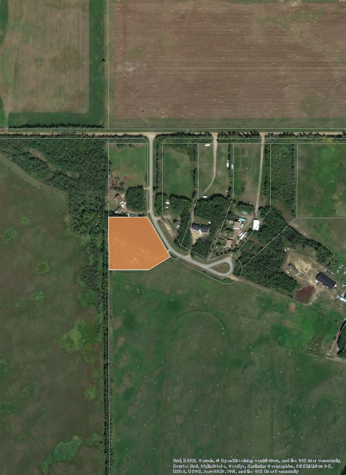 2.72 Acres in a small tranquil subdivision of Aspenridge. 10 Minutes outside of Red water this is the perfect lot to build your new country home. Surrounded by trees and and environmental reserve on the north side of Township 575A.