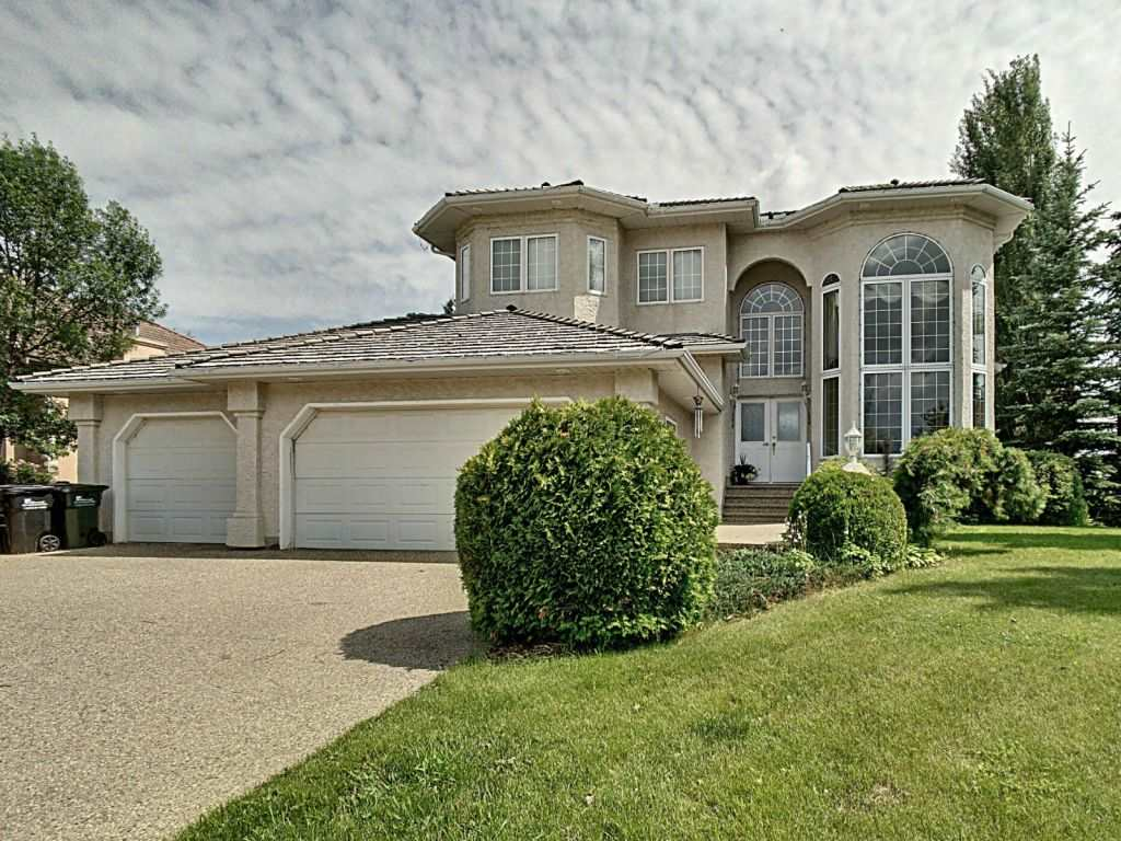 Beautiful 2 storey with fully finished walkout basement backing onto a park area, in the prestigious Fountain Creek estates. Very bright and open, vaulted ceilings on the ground floor, spacious kitchen with large nookwith door to large deck. sweeping curved stairway to 2nd floor bedroom and bathroom. Main flooroffice& laundry, with a restroom with curved walls. Basement includes a family room, 2 bedrooms, dedicated furnace room, bathroom, wet bar and games area. Fire suppression system (water sprinkler). Alarm systemconnected to local security firm. Garden fully landscaped with pond, fire pit and seating areas. Mature trees.
