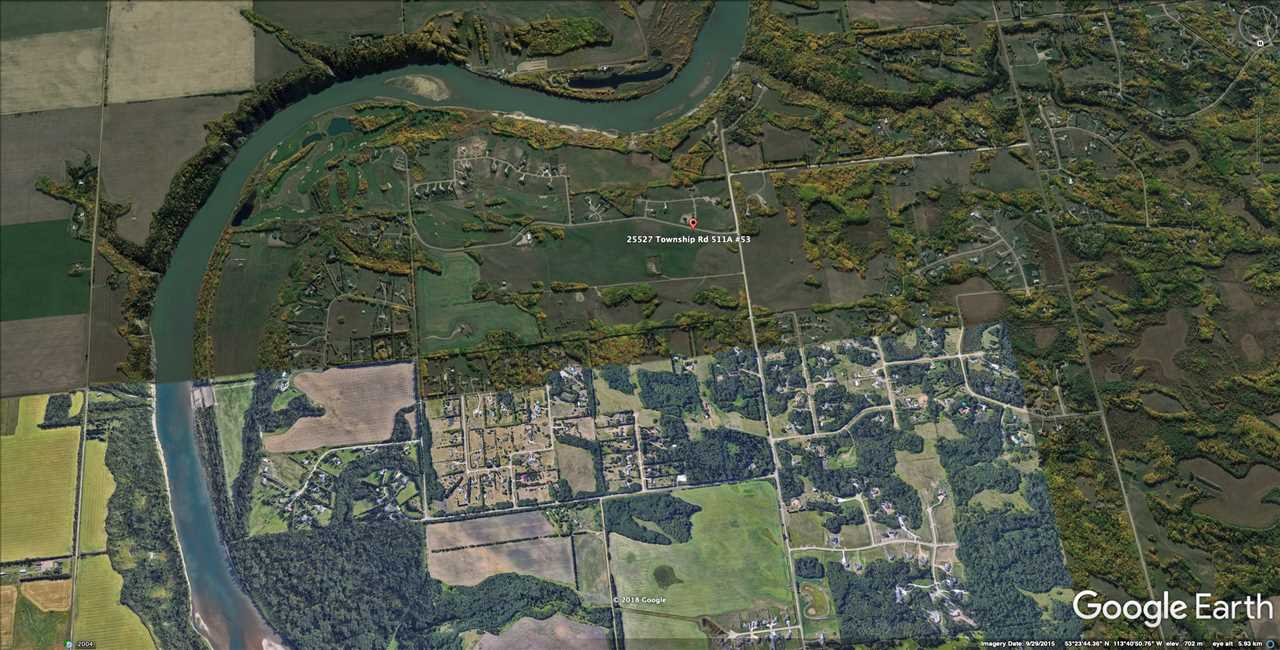 SOUTH FACING PRIME 1 ACRE LOT WITH A WIDE BUILDING POCKET LOCATED IN THE PRESTIGIOUS BLACKHAWK LANDING SHORT WALK AWAY FROM BLACKHAWK GOLF & COUNTRY CLUB COURSE. NO TIME LIMIT TO BUILD, CHOOSE YOUR OWN BUILDER. MANY LUXURY HOMES ALREADY BUILT IN THE AREA. MINUTES TO HOSPITAL, SCHOOLS , WEST EDMONTON MALL , ANTHONY HENDAY AND THE AIRPORT. BUILD YOUR DREAM HOME