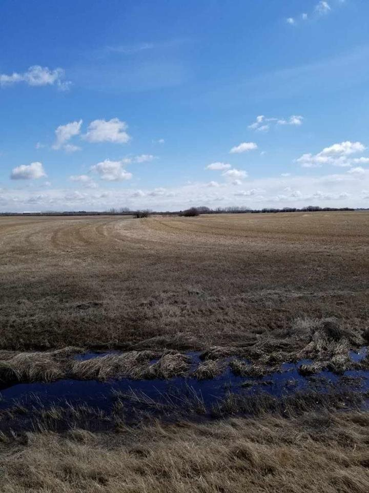 This could be the parcel of land you've been waiting for. 77.53 acre parcel that can  only 15 minutes north west of St.Albert.  Located on a very quiet dead end road north of highway 37 and east of highway 44. The possibilities are endless as there are not many restrictions. Perfect situation for friends or family to purchase.  Show and sell with confidence.