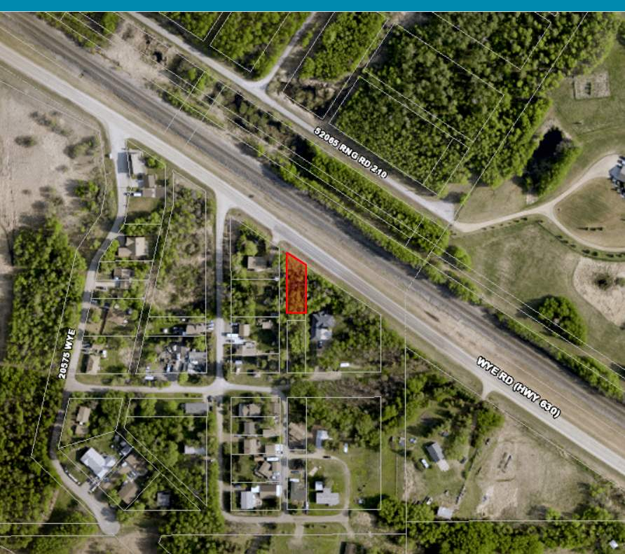 VERY PRIVATE, WELL TREED LOT 15 MINUTES EAST OF SHERWOOD PARK LOCATED AT NORTH COOKING LAKE.