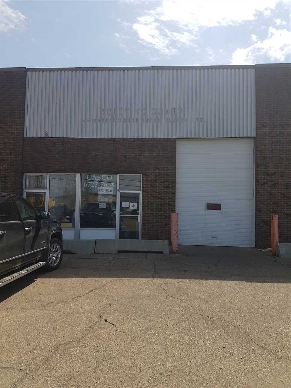 Well Located 4250 Sq ft Warehouse in Girard Industrial just off of Argyll Road and Sherwood Park Free way .  This wide open Warehouse features a front access 10' x 14' OH door, 3 Piece Bath  and has additional adjacent bays available for additional space   Great sub Lease opportunity at attractive rates