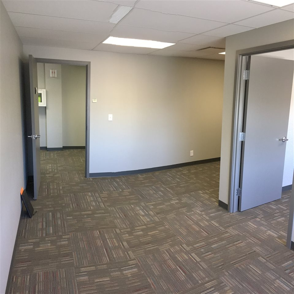 600 sq.ft office sublease available immediately on the 6th floor of the Westcor Building, located at the corner of 124th Street and Stony Plain Rd.  Shared lunch room and separate conference boardroom area is included.  Parking is seperate, but available on a monthly basis near the building.