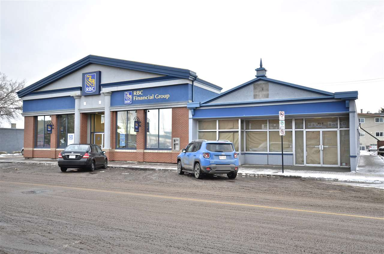 This property is located in the heart of Fort Saskatchewan, AB. The building is a single storey Prime Located commercial/retail office constructed in 1958 and completely renovated in 2008. The Leasable space available of 1,821 is currently available. Was recently leased by the Royal Bank Of Canada. The now Vacant space has a front reception area, offices, washrooms and staff room.