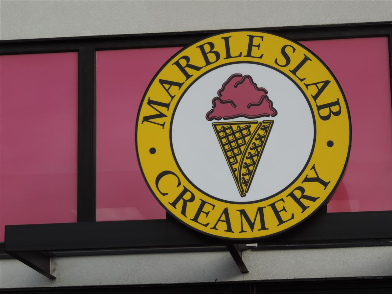 Already established, well known franchise! Looking to be your own BOSS? Then you will LOVE this EXCITING BUSINESS OPPORTUNITY! This Marble Slab Creamery is located in a very busy, high traffic location, and has a beautiful, already-established store, plus has established a great clientele, but also has HUGE potential for even more growth! If you've ever wanted to own your own business, then this opportunity may be for you, you will be a part of something BIG within this fast growing municipality! please inquire for more details!