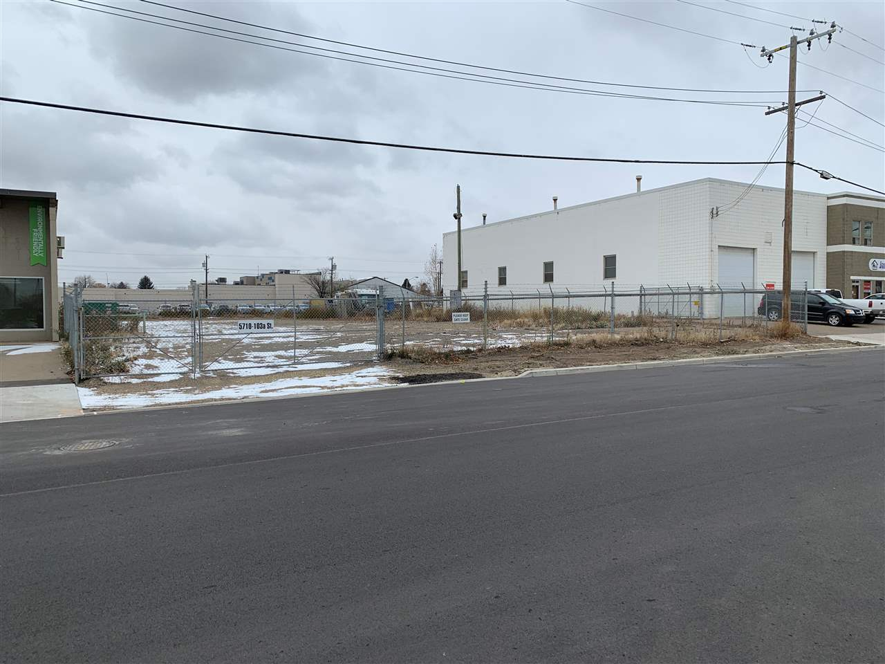 Rare 0.47 acres± of land for lease in easily accessible south central location ? Fenced and graveled site ? Easy access to Calgary Trail, Gateway Boulevard and Whitemud Drive ? Single bays near by also available for lease Available immediately. $2000 Per month Net plus $1,300 per month Operating costs.