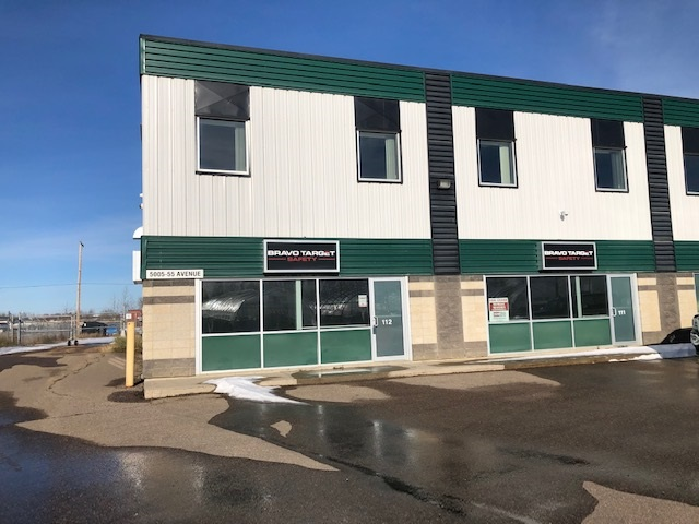 Lease only - 4000 sq feet in M1 zoned GreenGate industrial building consisting of main floor offices/reception and 2000 sq feet of shop. 2 - 14'x16' overhead doors. Fenced/shared rear yard space. There is an optional additional 2000 sq feet of mezzanine office/training/conference space also available. Second linc #0032945257.  Tax amount includes both units. Very contemporary and clean space. Approx $890/month in Condo fees/Ins/Taxes. Utilities are not included in Triple Net costs but are extremely reasonable.