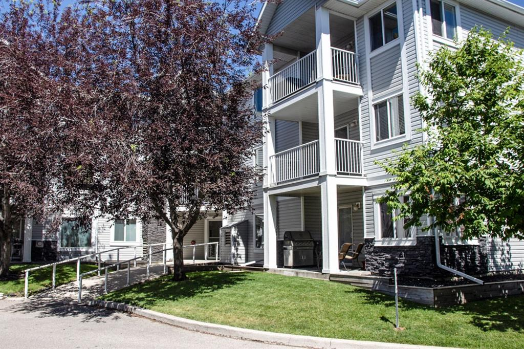 Welcome to 3301 Valleyview Park. This 2 bedroom, 2 bathroom top floor condo includes 1 heated underground titled parking stall. It is in a great location, very close to downtown, parks, transit, shopping and bike paths.  This corner unit has a very functional open concept floor plan. The kitchen features plenty of storage with white cabinetry, an island and is upgraded with stainless steel fridge, stove and microwave/hood fan. The kitchen faces the spacious living room , with gas fireplace and large dining area.  The patio doors open up to the west facing balcony. The master bedroom has corner windows that let in an abundance of light and it has a convenient 4 piece ensuite and walk-in closet. The second bedroom is located on the opposite side providing lots of privacy. Also featured are the second 4 piece bath, storage room and laundry room. Book your showing today!