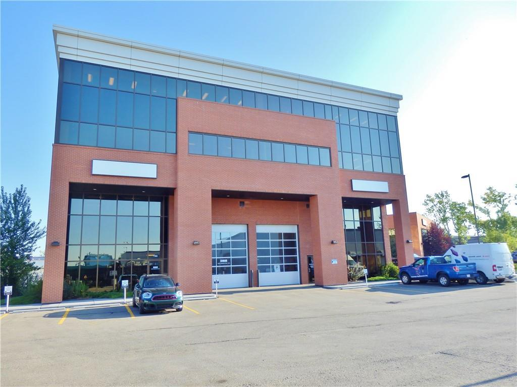 Very bright, open and modern office space of approximately 728 Sq.Ft.  on the main floor and 533 Sq.ft. of second floor office space, approximately 1,622 Sq.ft. of Lab/Warehouse space. High ceilings of 25' in the warehouse, with electric overhead drive in loading. Well located in a central location with easy access to major routes such as Barlow Trail, Deerfoot Trail, 16th Ave and Memorial Drive.