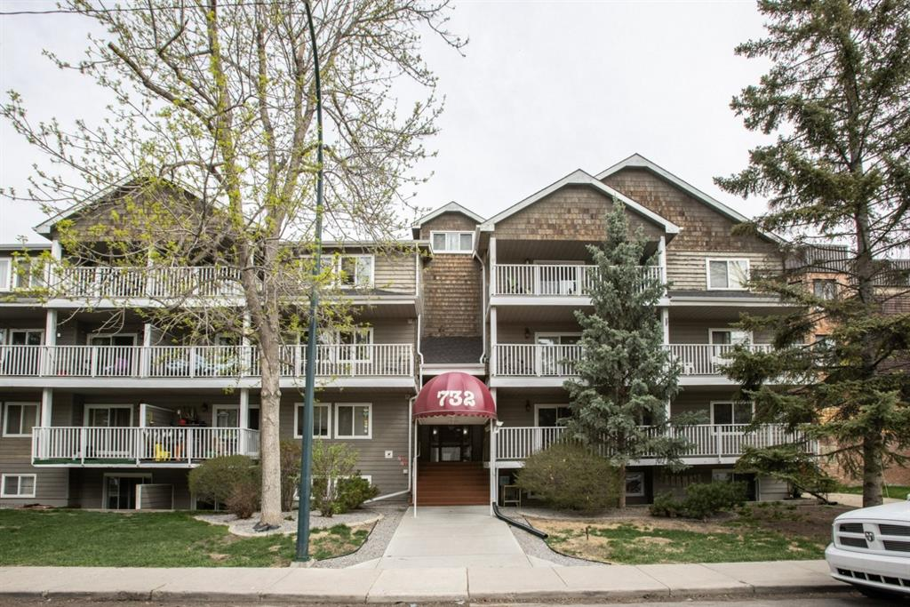 Welcome home to Windsor Park community, located 10 minutes walking distance from Chinook Centre and the LRT system. This stunning, freshly painted, 2 bedroom and 2 full bath corner unit has over 900 SQ/FT and is located on a quiet street, with privacy from mature trees.   Immediately when walking in, the entrance provides generous space with a coat closet to one side of the hall, and the in-unit laundry room on the other. This deep room is full of opportunity for storage and organization solutions to fit your needs. The main living area flows seamlessly into the dining area and has easy access to your large patio space. The kitchen is equipped with all appliances, including a dishwasher, as well as plenty of cabinet space. The master bedroom features a considerable closet space, with 2 doors to access, and a private 4pc bathroom. The second bedroom still has a considerable amount of natural light, as well as mirror closet doors.  Situated close to amazing neighbourhood amenities, this condo is well suited for any life stage. Whether you?re looking for your first home, an investment opportunity or downsizing, unit #201 is ready to welcome you home!
