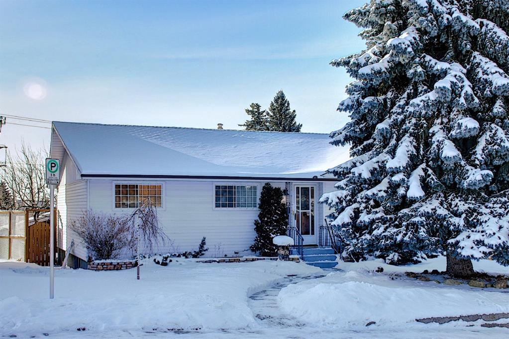 Looking for rebuild? This is a perfect walkout lot for you to build your dream home with city and mountain view.  This 1200 SF house also good for renovation for equity. Main floor features hardwood , open kitchen, 3 bedrooms main bath, breakfast nook with access to huge patio.