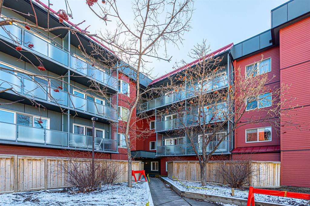 INVESTOR and FIRST-TIME BUYER alert! PRIME LOCATION! Close to Edmonton/Deerfoot/Airport Trail, HWY 1, Transit, Cross Iron Mills, Market Mall, University of Calgary, Foothills & Peter Lough-heed Hospitals & minutes to Downtown core.  This Large 2-bedroom Unit with UNDERGROUND PARKING STALL. Open Concept through out. Kitchen with Lots Cabinets and Plenty of Counter Space. Large living room Features a Wood-Burning Fireplace. Sliding Patio Door off the Living Room to an Ample balcony Overlooking the street perfect for BBQing. Spacious Master Bedroom and a Second Bedroom with Lots of Closet space. Complex got an extensive facelift in 2018/2019, including new sidings, windows, railings & patio doors. Great value! A must see!