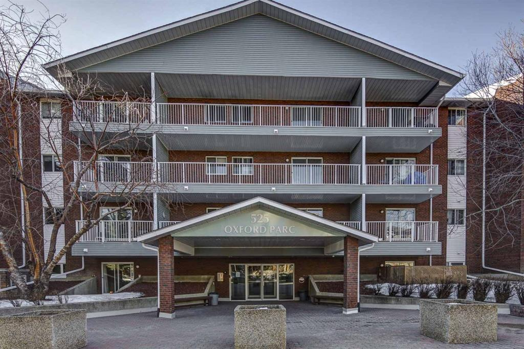 Investor or first time home buyer alert! A freshly renovated, single bedroom apartment is ready for you in Windsor Park. Great location, close to Chinook Centre, Macleod Tr. Elbow Dr.  Where you have great access to downtown, shopping, restaurants and more! This property is in the extremely well managed Oxford Parc, includes assigned parking, storage in-unit and separate assigned storage. A well maintained property with large, well lit laundry facilities and owners clubhouse. The unit has just been totally painted with bright neutral colours, new vinyl plank flooring installed throughout and new light fixtures including long life LED intrisic's. A spacious unit that has a large living room, covered balcony, separate dining room and galley style walkthrough kitchen. The bedroom is a good size and really leaves nothing left to be desired. Come and check out this unit today!