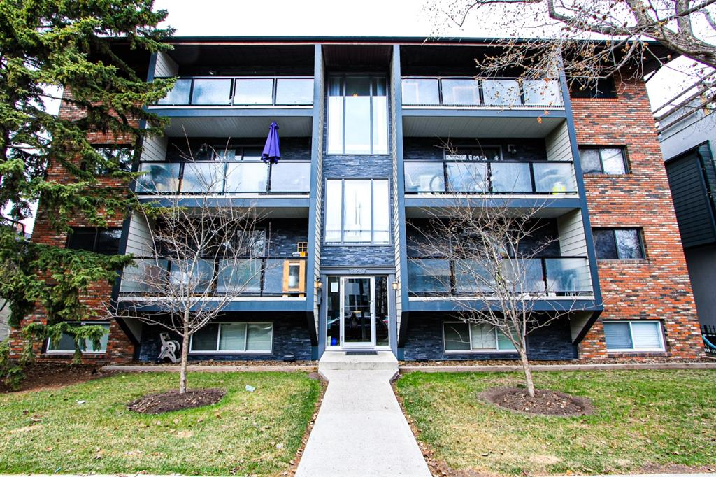 Great Opportunity for First Time Buyer or Investor. In SOUGHT after Sunnyside close to everything! 1 Bedroom OPEN LAYOUT floorplan with In-suite  Laundry, Gas Fireplace.  This unit has been Newly painted, Newer Laminate Flooring (2014).  This unit is Below Grade, but the layout makes it feel open and bright.  Walking distance to many Restaurants, Shops, River, Schools, Downtown, Transit, Hillhurst-Sunnyside Farmers Market, lively pubs, theatre, novelty shops, gyms, coffee shops, tea shops, cafés, endless bike paths, the Peace Bridge, and other amenities .