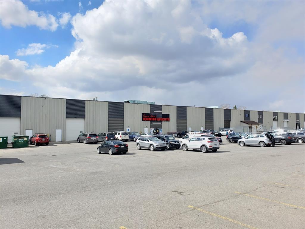 Bright and open 32,587SF clear span flex space that can be utilized for storage/warehousing or retail sales. The highly sought after 1 acre of paved yard area is currently being utilized for customer parking (74 stalls) and trailer storage. Three 12'x14' drive-in doors and Two 8'x10' dock level doors as well as 22' ceiling height provide flexible loading options. Located blocks off of 32nd Avenue NE and walking distance to 36th Street and the Whitehorn LRT Station. The existing tenant has established a strong customer base and traffic flow to the site for retailers. Available January 1, 2022. Headlease expiry is September 30, 2024 however the Landlord will consider a headlease wrap. Please note you must lease the entire space, we cannot demise a small portion.
