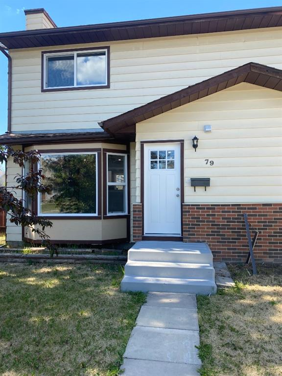 This extensively renovated three bedroom / four bathroom home is ready for any family. The natural light fills the south facing house during the day and you have more than enough lighting for the evenings. Semi open concept allows you to have full views of the front entrance/street and the backyard / rear lane from the kitchen. Interior features on the main level include a living area with a ceiling fan and fireplace, new 2 pc. bath, beautiful custom kitchen with pass through window, granite tops, peninsula with room for bar stools and dining area. The upper level consists of a four piece bath, master bedroom with walk in closet & 2 piece ensuite and two other bedrooms. The newly developed basement has a rec room, wet bar, office space with built in desk and a full bath. All renovations just completed (June 2021) with approximately over 75% new drywall in the house, all new windows, doors, smart board/trim, kitchen,  all bathrooms, new pex water supply lines throughout (no copper), updated electrical, plumbing,  LVP & carpet flooring, tile work, lighting, baseboards, window/door casing, knockdown ceiling, paint, railing, set up for wall mounted TV (blocking, electrical outlet, HDMI cable), interconnected smoke/carbon monoxide alarms on all levels and each bedroom, new stainless steel kitchen appliances, granite countertops throughout, new washer & dryer, high efficiency furnace, hot water tank and brand new roof in 2020. NO CONDO FEE. The interior is almost brand new and shows 10/10. Building/electrical/plumbing permits obtained. Call to book your private viewing.