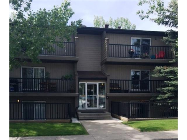 WHY RENT WHEN YOU CAN OWN! Top floor of the building on a quiet tree-lined street in Bowness. Nice size kitchen and living room, large bedroom, full bath and balcony. Great location with nearby bus stops, walking distances to shopping and parks. Don't miss out on this opportunity!