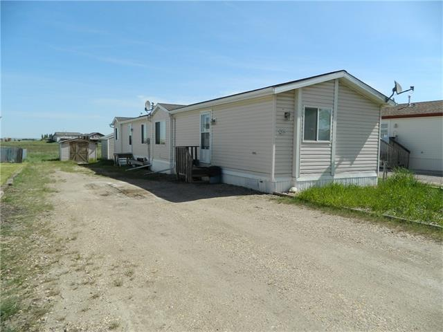 2004 Manufactured home on titled lot located in the friendly Village of Acme. This home is modern and clean with a total of three bedrooms, master has a large double closet and full en-suite, the laundry room is separate and the home is spacious and bright with kitchen island and corner pantry.