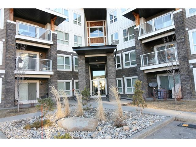 This 3rd floor, 2 bedroom and 2 bathroom condo is new! Never lived in. And priced to sell. Featuring cork and carpet flooring, stainless steel appliances and granite kitchen tops. A west facing balcony and underground titled parking complete this great package. Come take a look!