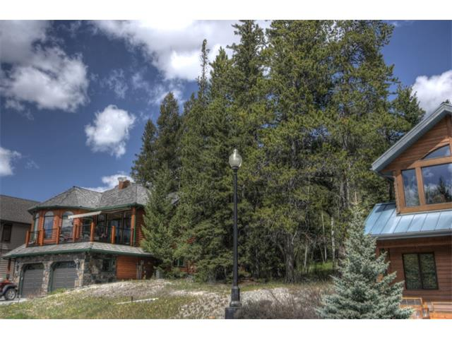 One of last remaining lots in Benchlands Estates, this stunning parcel has privacy, views and an enviable location. Positioned along a mountain bench above Canmore, your home will encompass views of Canmore?s iconic southern vistas including the Rundle Range, Ha-Ling and the Three Sisters. At the rear of the lot, there is a buffer of trees and green space between you and the street above with views of Mount Lady MacDonald. Benchlands Estates is a well established community comprised of single family homes and is walking distance to downtown, schools and the restaurants and cafes in Cougar Creek and Eagle Terrace. Located along the Canmore trail system there are endless opportunities for adventure right from your door step. Build your bespoke mountain home on this generous 7,500 sqft lot in the heart of the Canadian Rockies.