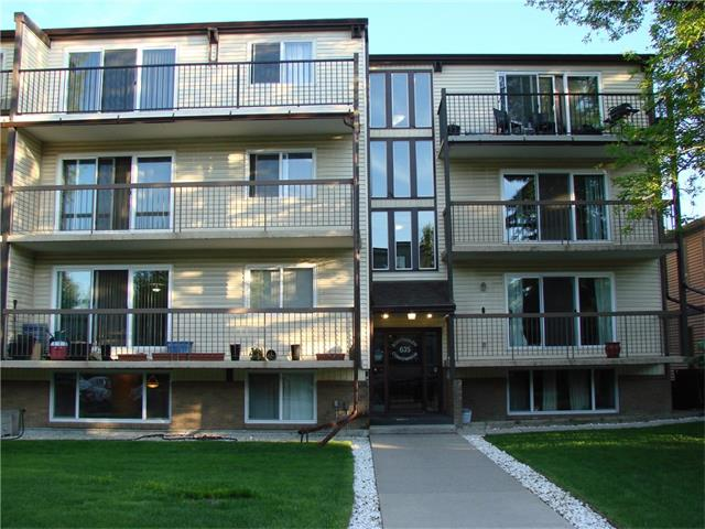 Open House Saturday July 22 from 2:00 - 4:00 pm. This spacious one bedroom has an excellent location in a quiet, picturesque neighbourhood ideal for leisurely evening strolls. Situated on the third floor, a short walk to Chinook Centre. Featuring an upgraded maple kitchen with a nice ceramic tile floor extending into the hallway, entrance, bathroom and dining area. The living room is spacious and open with a patio door that leads out to a very large twenty three foot front balcony. A good size master bedroom with a closet organizer and one covered parking stall (#5) round off this lovely apartment. This building has an age restriction of 18 plus. Ideal for an investor or first time buyer.