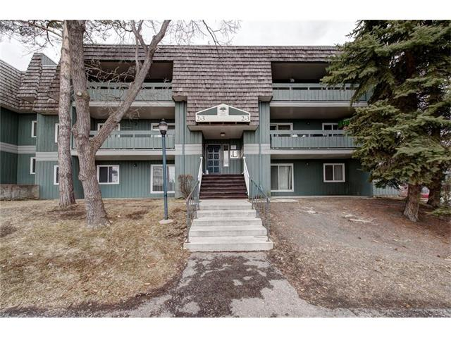 Bright and welcoming 2 bedroom condo is conveniently located near the LRT station and Southcentre shopping and is a short drive from several schools and other amenities. A great complex with its own fitness/tennis/racquet facility. Living room features a wood burning fireplace with tons of natural light. Well maintained no smoking, no animal home is priced to sell!