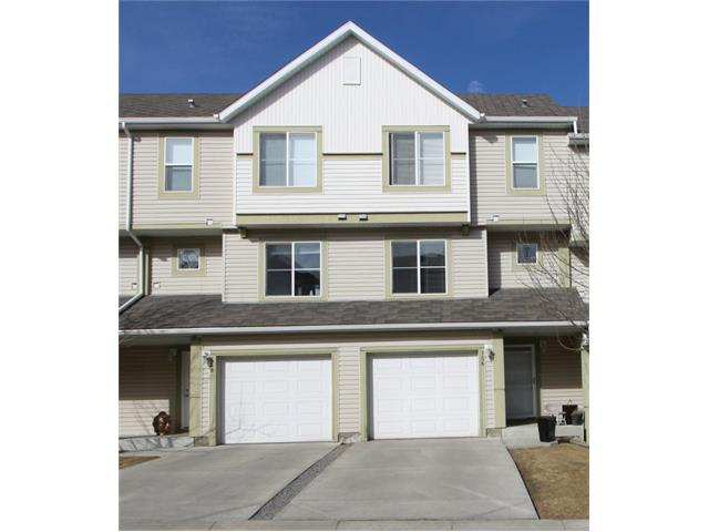 AFFORDABLE LIVING in the heart of the southwest community of Evergreen! This well built and well managed townhouse features 4-levels of versatile living space. The entertainment-size living room showcases a 12ft ceiling. and multiple windows inviting streams of natural light into the home. The kitchen is efficient with pantry and a family-size eating area. The bedrooms are spacious each with their own ensuite. The west facing deck overlooks the sunny green space. Single attached garage with additional space on the parking pad for a second vehicle. Close to schools, parks, playgrounds, shopping and public transit. CALL NOW TO VIEW!