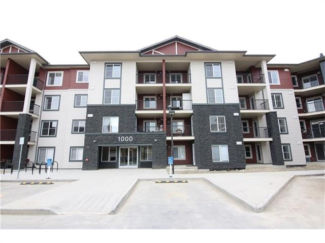 This unit is a City Vibe floorplan with 2 bedrooms, modern open concept living space, Master walk-in closet and Master ensuite with a large closet, with 1 titled Heated Underground stall. Other floorplans and units available. Minutes to all amenities. South Campus Hospital, Shopping, Restaurants, and so much more. Don't miss out on the opportunity to move in South Calgary's most Desirable location.