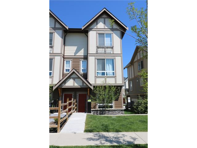 """Welcome to """"The Timbers"""" in Sherwood! CENTRAL AIR-CONDITIONED 1,250.21 sq ft (RMS), 3 bedrooms, 2.5 baths END UNIT w/ a 2 car tandem attached garage, good sized balcony & located minutes to public transportation, parks/playground, Beacon Hill Shopping Centre & easy access to Stoney & Shaganappi Trails & other major road arteries. Other features include 9' knock-down ceilings, high end laminate & ceramic tile flooring, gourmet kitchen w/quartz counter top & stainless steel appliances which features a gas range, built-in microwave, refrigerator & hood fan. There is also a gas BBQ line to the balcony. This unit is priced to sell & vacant for quick possession!"""