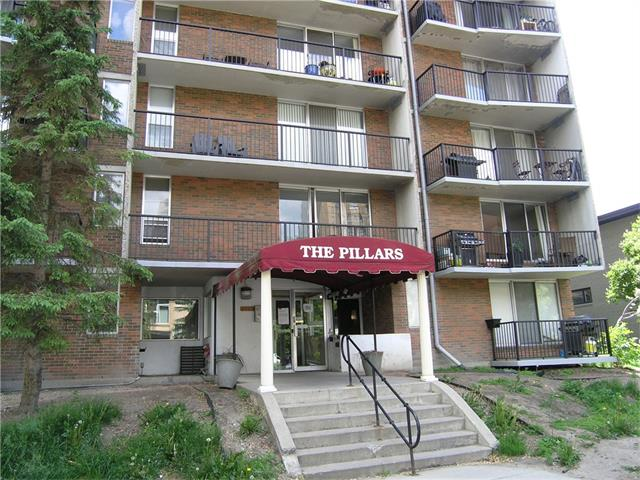 Nice 1 bedroom unit on the main floor with in-suite laundry and one assigned parking stall. There is a good sized fenced in concrete patio off the living room sliding doors.