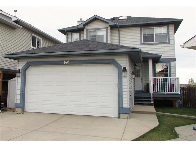 BACKING PARK with beautiful westerly views sits this fully finished WALKOUT home on quiet cul-de-sac. Modern laminate floors lead you into a main floor Office/Den, 2pc bath and a convenient main floor laundry/mud room. Continue through to the Open concept living area w/ large bright windows, corner GAS fireplace and custom built Wall unit. The Kitchen hosts a large eat up island, STAINLESS appliances, loads of storage, corner pantry and bright eating area that walks out to the sunny WEST facing back deck that has stairs down to back yard. Upstairs takes you to The King sized master suite including a private 4pc ensuite w/ oversized shower, corner soaker tub and large vanity. 2 large secondary bdrms, one hosting a window seat, a fabulous 4pc bath w/ TILE floors & skylight complete upper level.