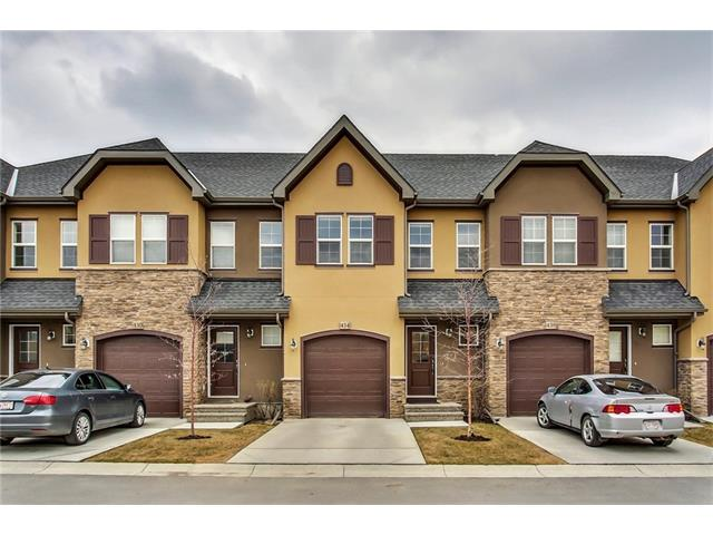 ***OPEN HOUSE Sunday August 20 2-4pm*** Welcome to the Belmont in Quarry Park! This exceptional 2 storey townhome is extensively upgraded with hardwood floors on main, fireplace, granite counter tops, large island kitchen and stainless steel appliances. Upstairs you will find a large master retreat with spacious walk-in closet and ensuite. There is a second bedroom and located adjacent to main bath a bonus room/loft and the upper level is complimented by upper level laundry. The rear patio has a sunny south exposure and backs onto a green belt with a pathway that provides direct access to the Bow River. Don't miss out on this opportunity to live in a community like Quarry Park, close to all amenities, the new YMCA and the nature provided by the Bow River.