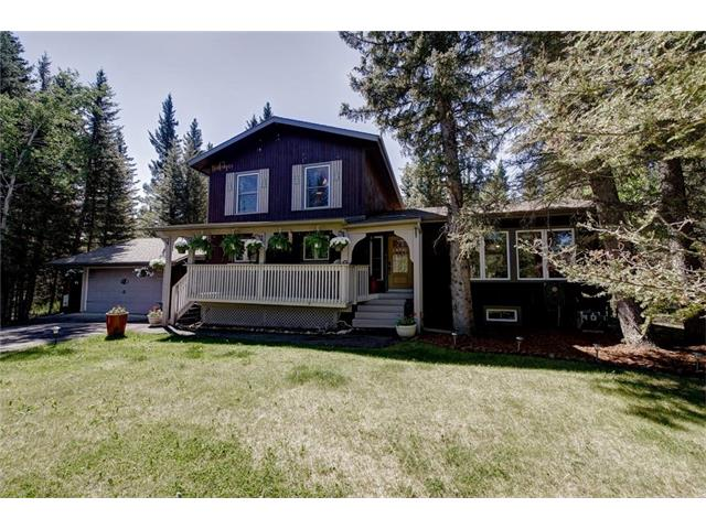 Perfect opportunity to create your dream home. Owner relocating for work. Locations like this don?t come up often!! Quiet Cul ? de sac, backing onto the golf course in Redwood Meadows, this 5 bedroom home is great for the entertainer or family. Open concept floor plan with beautiful custom kitchen, new gas stove, dishwasher, loads of cupboards and granite countertops. Recent upgrades include new roof, windows, exterior stain, high-efficiency furnace and low flow toilets. Two bedrooms have been completely re-done with fresh paint and new flooring. Front porch is secluded, your private oasis to enjoy your morning coffee. Yard is large and secluded with huge tiered deck and towering trees, a perfect place to unwind after a busy day. Enjoy the beautiful surroundings as the river and burm are a short walk. Close to schools, shopping, & the mountains. The LRT is only 20 minutes away!! This is a fantastic opportunity for completing the work and having a fabulous home in a great location in a great community!