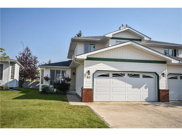 Beautiful family home in the desirable community of Scenic Acres. Your new home boasts a recently upgraded kitchen and ample natural light. As you enter your new home you are welcomed into the formal living room/dining room with plenty of space to entertain. The dining room leads into your newly upgraded kitchen which features a centre island w/ breakfast bar, granite countertops, custom floor to ceiling cabinetry, and beautiful backsplash. Just off the kitchen is your breakfast nook which is flooded in light and provides access to your back deck. Your living room centres around a cozy fireplace. A 2-piece bath and laundry/mud room complete this level. Upstairs you will find a den, a bedroom, full bath and your master suite. Your master suite features its own private retreat and a 4-piece ensuite with air jetted tub. The fully finished lower level has even more to offer with a family room/games room, hobby room and storage room. (See Addtl Public Remarks)