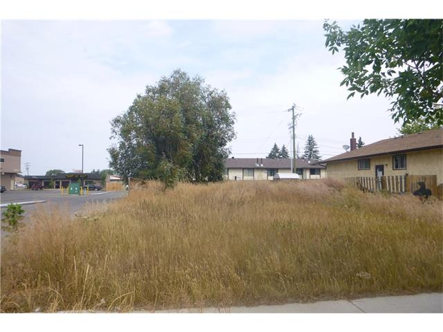 Fantastic location walking distance to downtown, steps from Bow Valley College. Located on Veterans way corners on two sides. Potentially develop up to 8 units. Drawings available for up/down duplex. Services at property line, with 3 phase power. 50x118lot Great investment potential.