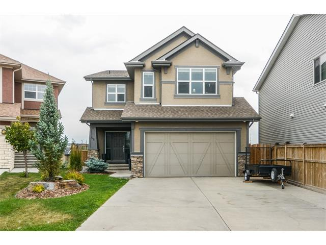 **OPEN HOUSES - Sat & Sun Sept 16&17 2 -4 PM ** Welcome to this beautiful walkout home with over 4,000 square feet of living space situated on a large pie lot.  Enjoy quality family living on a quiet cul-de-sac within easy walking distance of both the private and public schools of the neighborhood.  This home is beautifully appointed with elegant wood finishings, contemporary colors, high-end appliances and thoughtful details for family living. The upper level is currently configured with 4 bedrooms, but you can easily convert the 4th bedroom to a bonus room with sliding barn door.  Enjoy entertaining family and friends in your open living space and move downstairs to watch the game.  The walkout level features an exercise room, steam room, entertainment area with full bar including built in wine fridge and dishwasher. Outside you will continue to be impressed with the professional landscaping including many privacy features.  Book your showing today!