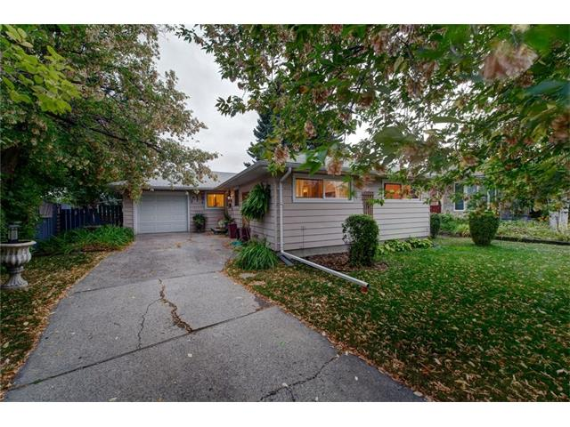 Amazing location and great value, this 3 bedroom bungalow is perfectly situated on a quiet cul-de-sac  in the charming neighbourhood of Glendale.  Conveniently located within a 10 minute walk to the LRT and a very short commute to downtown, makes this the perfect place to call your new home.  Enjoy the bright white kitchen: plenty of cupboards & counter space and that overlooks the sunny dining  area. The Main floor features a wall of SOUTH facing windows, hardwood floors, electric fireplace and RECENTLY UPDATED 4 piece bathroom. The Lower development includes a large rec room, an additional bedroom plus an enormous laundry/utility room with ample space for storage. Enjoy the mature trees and south facing back yard featuring a large deck, perfect for casual entertaining.  Close to schools, shopping , West hills, Killarney Pool, 17th Ave, Edworthy Park and the Bow River Pathway. This wonderful home won?t last, book your showing today.